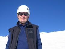Tom Bard summits Mt. Rainier.
